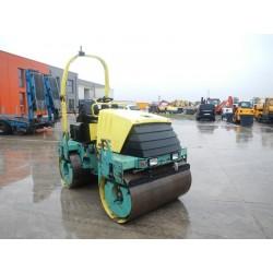 Rouleau vibrant diesel autoporté 4000 kilos