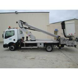 Nacelle télescopique sur camion Porteur NISSAN VL (hauteur 18m)