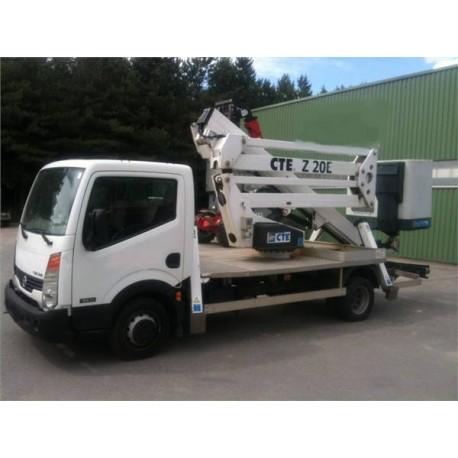 Nacelle double pantographe sur camion Porteur NISSAN VL (hauteur 20m)