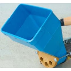 Machine à crépir pneumatique type sablon en coffret (fonctionne avec compresseur M20 ou M26)